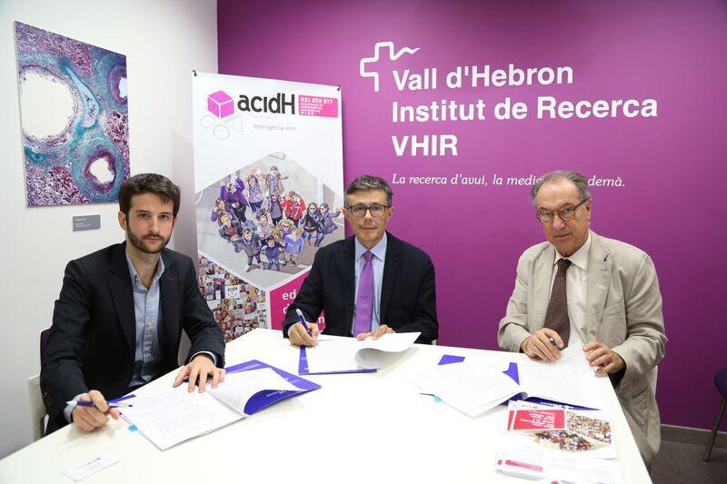 El VHIR i acidH signen un conveni de col•laboració per a impulsar la recerca en l'àmbit de la intel•ligència límit i millorar l'ocupabilitat d'aquestes persones